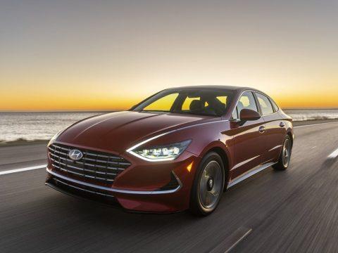 Hyundai Sonata Hybrid Shows At Chicago Auto Show