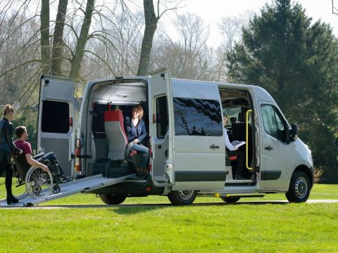 Hiring A Minibus For Your Travel Is Pleasurable
